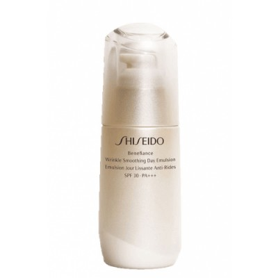 Shiseido Shiseido Benefiance Wrinkle Smoothing Day Emulsion SPF20