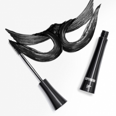 IT Cosmetics IT Cosmetics Superhero Elastic Stretch Volumizing Mascara. Máscara de pestañas volumen