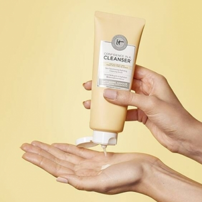 IT Cosmetics IT COSMETICS Confidence In A Cleanser Serum Limpiador Facial Hidratante