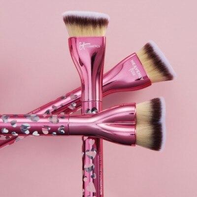 IT Cosmetics Love is the Foundation Brush Brocha de Maquillaje
