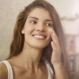 Cinco errores que cometemos al aplicar nuestra crema facial