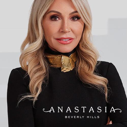 Douglas Live x Anastasia Soare
