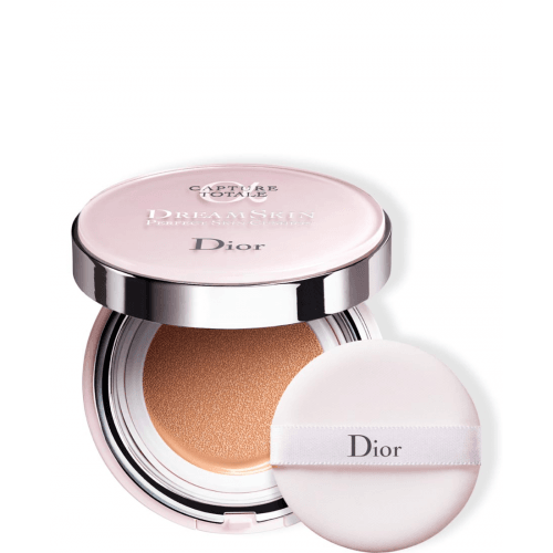 DIOR CAPTURE TOTALE<br> Dreamskin- Perfect skin cushion SPF 50 PA +++